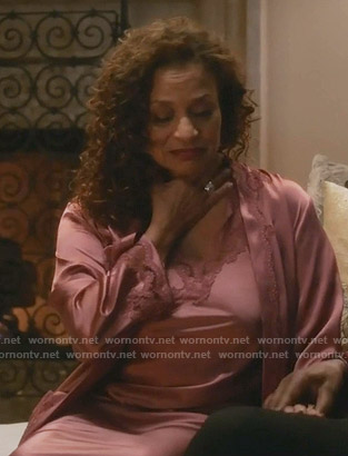 Catherine's pink lace trim nightgown and robe on Grey's Anatomy