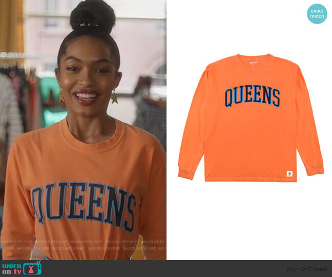 Queens Long Sleeve Tee by Hstry worn by Zoey Johnson (Yara Shahidi) on Grown-ish