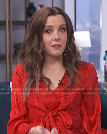 Melanie's red knot front dress on Live from E!
