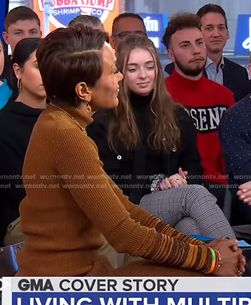 Robin's brown turtleneck sweater on Good Morning America
