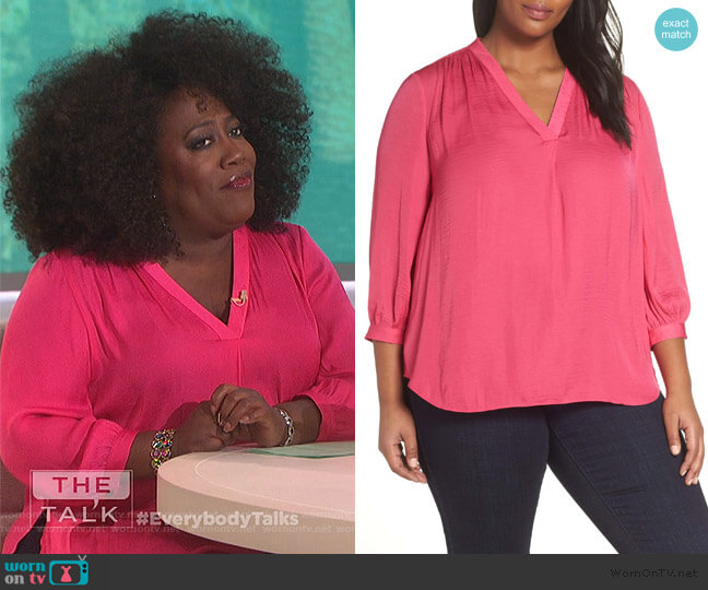 Rumple Fabric Blouse by Vince Camuto worn by Sheryl Underwood  on The Talk