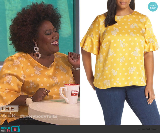 Paisley Elbow Sleeve Top by Vince Camuto worn by Sheryl Underwood  on The Talk