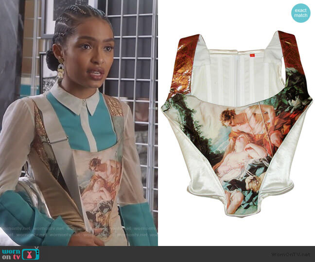 François Boucher's painting of Daphnis Corset by Vivienne Westwood worn by Zoey Johnson (Yara Shahidi) on Grown-ish