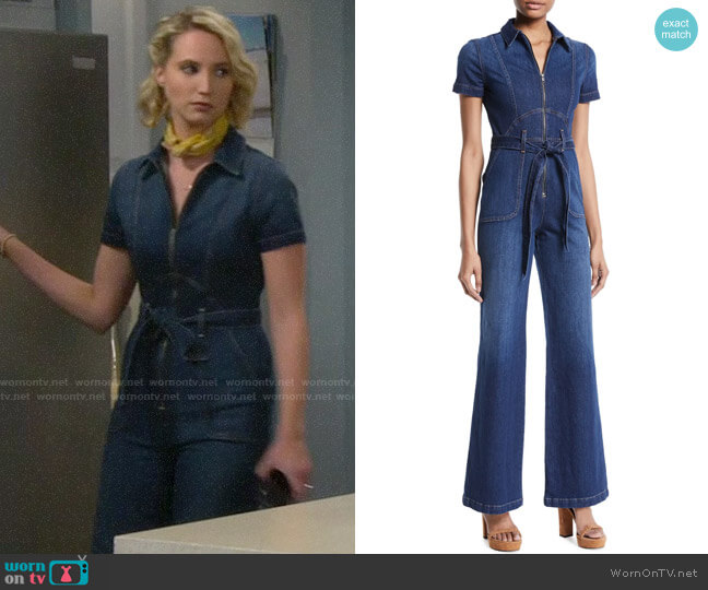 Alice + Olivia Gorgeous Jumpsuit worn by Mandy Baxter (Molly McCook) on Last Man Standing