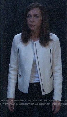 Anna's white zip jacket on General Hospital