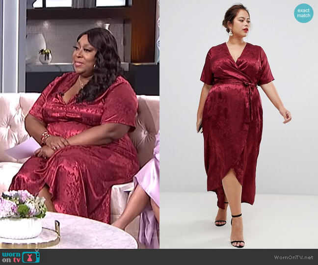 Jacquard Dress in Burgandy by New Look Curve worn by Loni Love (Loni Love) on The Real