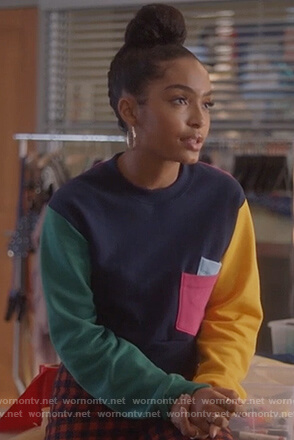 Zoey's colorblock sweater on Grown-ish
