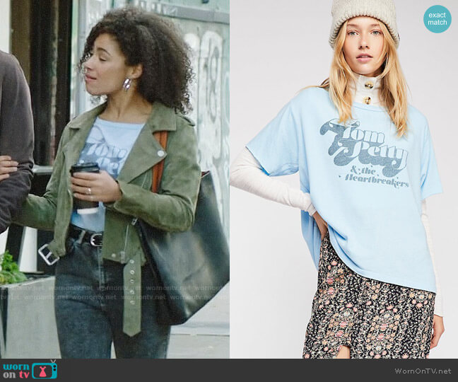 Free People Trunk LTD Heartbreakers Tee worn by Nia (Victoria Janicki) on God Friended Me