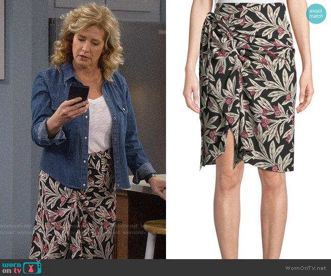 Etoile Isabel Marant Loela Skirt worn by Vanessa Baxter (Nancy Travis) on Last Man Standing