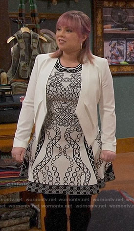 Kristin's black and white chain print dress on Last Man Standing