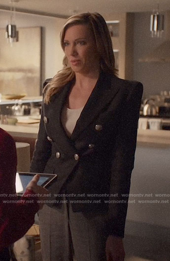 Laurel's black double-breasted blazer with silver buttons on Arrow