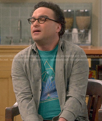 Leonard's green lotus flower t-shirt on The Big Bang Theory