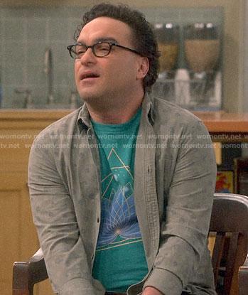 Leonard's green lotus flower t-shirt on The Big Bang Theory
