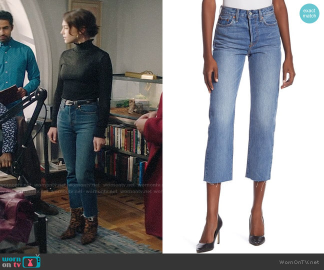 Levis Wedgie Straight Crop Jeans worn by Cara Bloom (Violett Beane) on God Friended Me