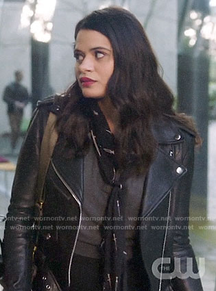 Mel's leather jacket and sword print scarf on Charmed