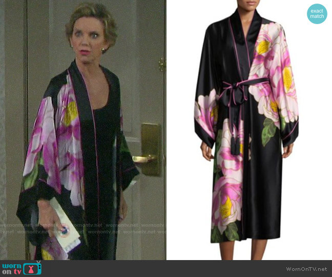 Natori Clair De Lune Silk Robe worn by Diana Cooper (Judith Chapman) on Days of our Lives