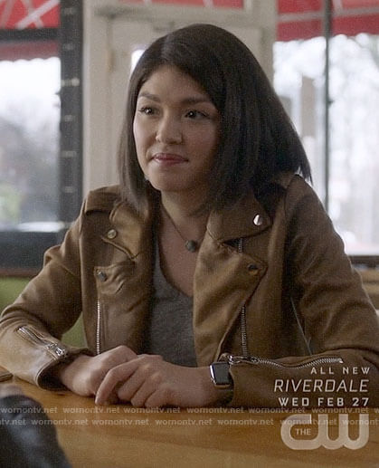 Niko's grey v-neck tee and tan leather jacket on Charmed