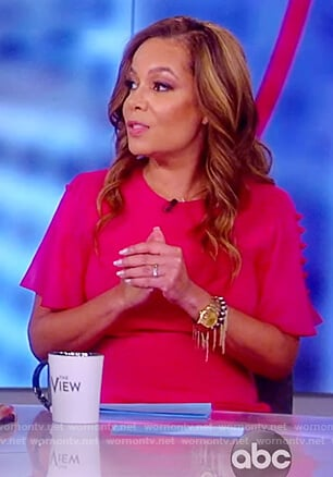 Sunny's pink button sleeve dress on The View