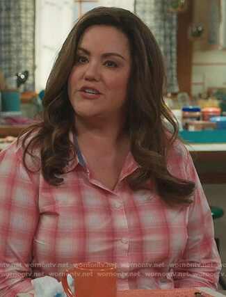 Katie's pink checked shirt on American Housewife