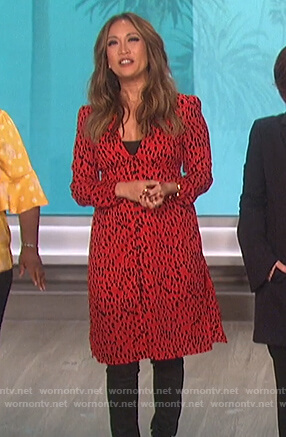 Carrie's red leopard print dress on The Talk