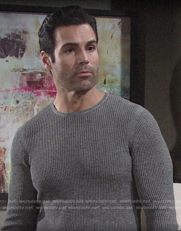 Rey's grey textured sweater on The Young and the Restless
