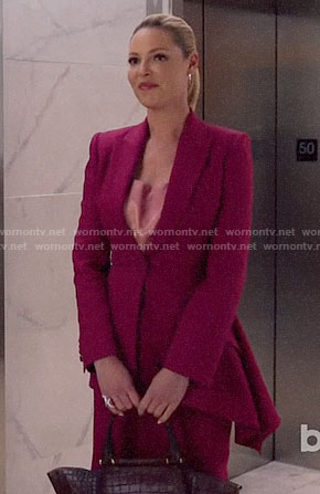 Samantha's pink asymmetric draped blazer on Suits