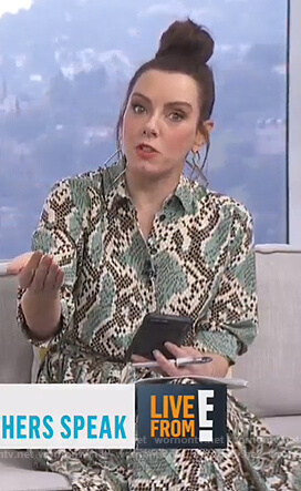 Melanie's green snake print shirtdress on Live From E!
