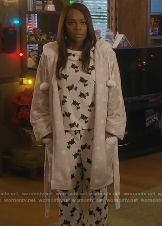 Michaela's gray star robe and dog print pajamas on How to Get Away with Murder