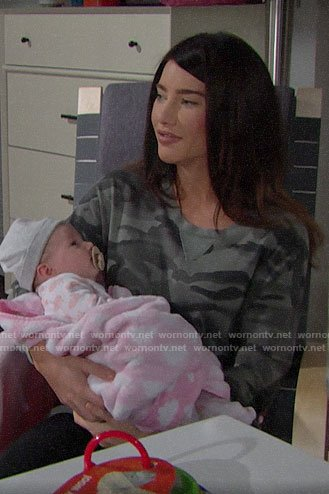 Steffy's grey camouflage sweater dress on The Bold and the Beautiful