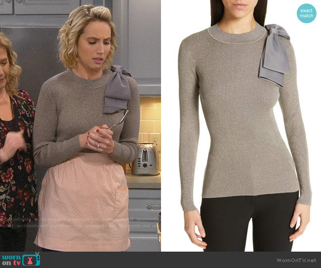 Ted Baker Saaydie Sweater worn by Mandy Baxter (Molly McCook) on Last Man Standing