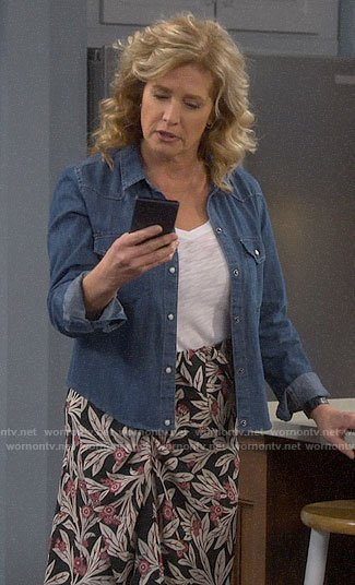 Vanessa's chambray shirt and floral skirt on Last Man Standing