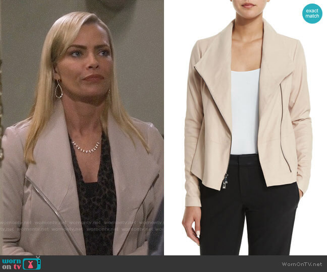 Vince Scuba Jacket worn by Jill Kendall (Jaime Pressly) on Mom