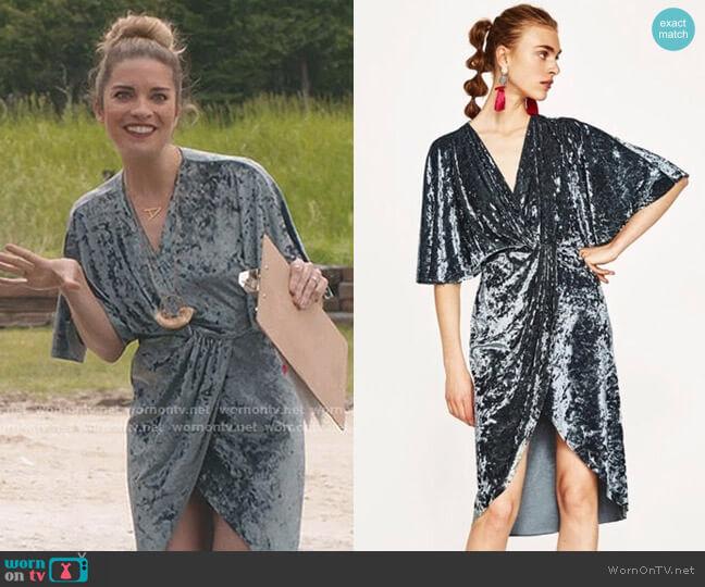 Crossover Velvet Dress by Zara worn by Alexis Rose (Annie Murphy) on Schitts Creek