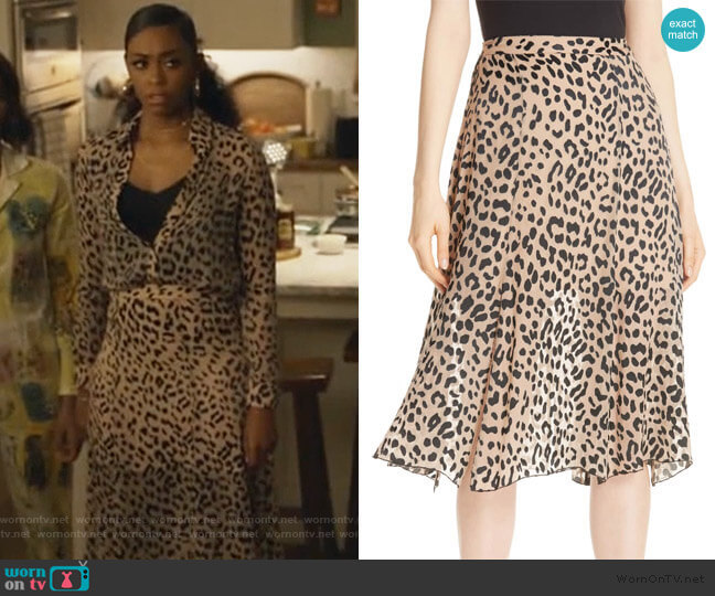 Athena Skirt by Alice + Olivia worn by Anissa Pierce (Nafessa Williams) on Black Lightning