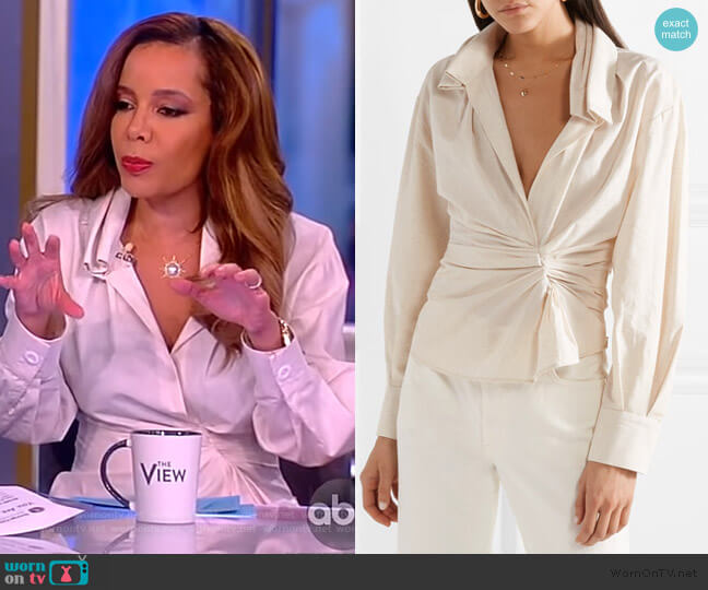 La Chemise Belem shirt by Jacquemus worn by Sunny Hostin  on The View