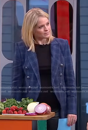 Sara's blue plaid blazer on GMA Strahan And Sara