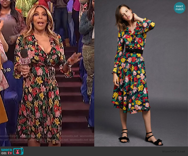 Floral Robe by Tara Jarmon worn by Wendy Williams  on The Wendy Williams Show