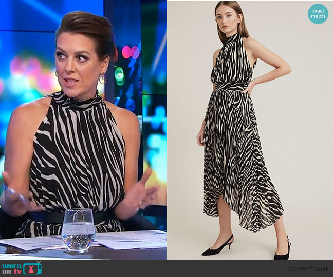 Print Pleat Dress by Witchery worn by Gorgi Coghlan  on The Project