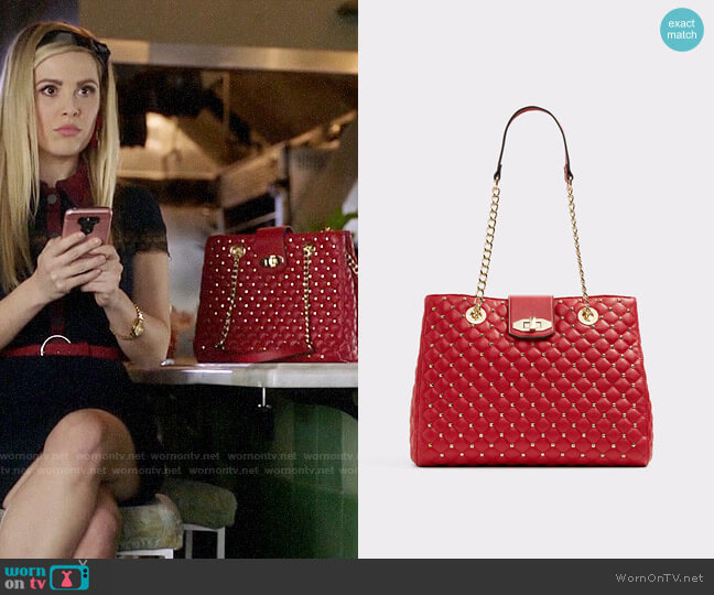 Aldo Elromyra Bag worn by Lucy (Natalie Hall) on Charmed