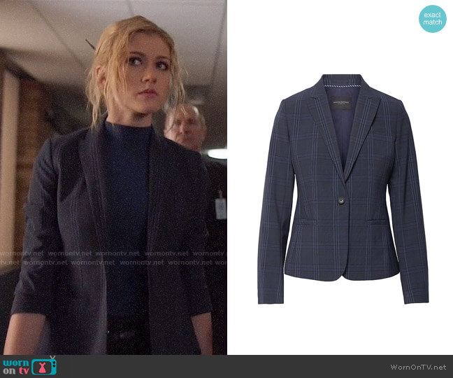 Banana Republic Classic-Fit Washable Italian Wool-Blend Blazer  worn by Mia Smoak (Katherine McNamara) on Arrow