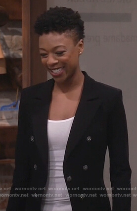 Nikki's black double breasted blazer on Will and Grace