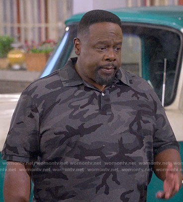 Calvin's camouflage print polo shirt on The Neighborhood