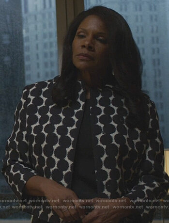 Liz's contrast dot jacket on The Good Fight