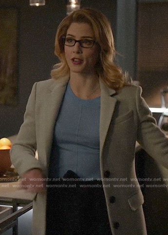 Felicity's herringbone coat on Arrow