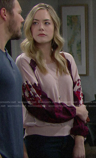 Hope's pink floral sleeve top on The Bold and the Beautiful