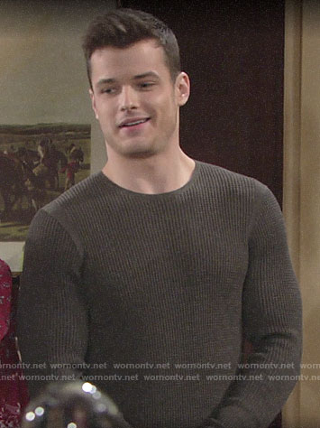 Kyle's grey thermal tee on The Young and the Restless