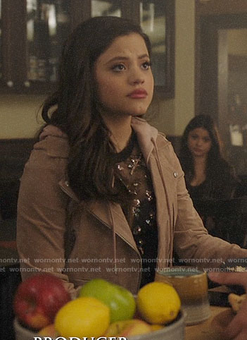 Maggie's blush suede jacket on Charmed