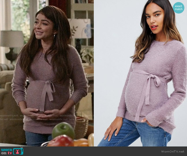 Mamalicious Waist Tie Sweater worn by Haley Dunphy (Sarah Hyland) on Modern Family