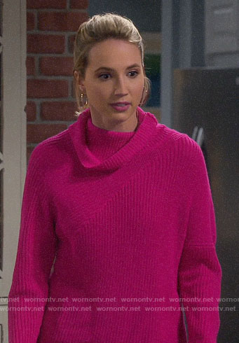 Mandy's pink turtleneck sweater on Last Man Standing