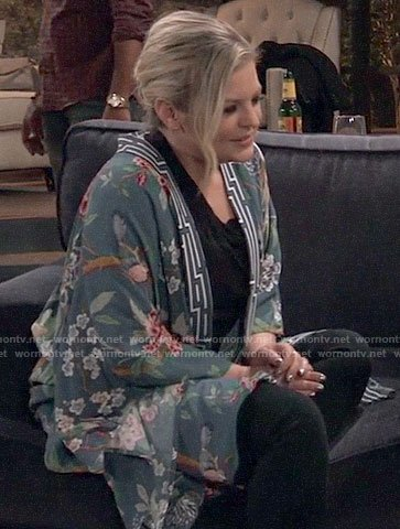Maxie's blue floral kimono on General Hospital